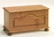 Richmond Pine blanket box